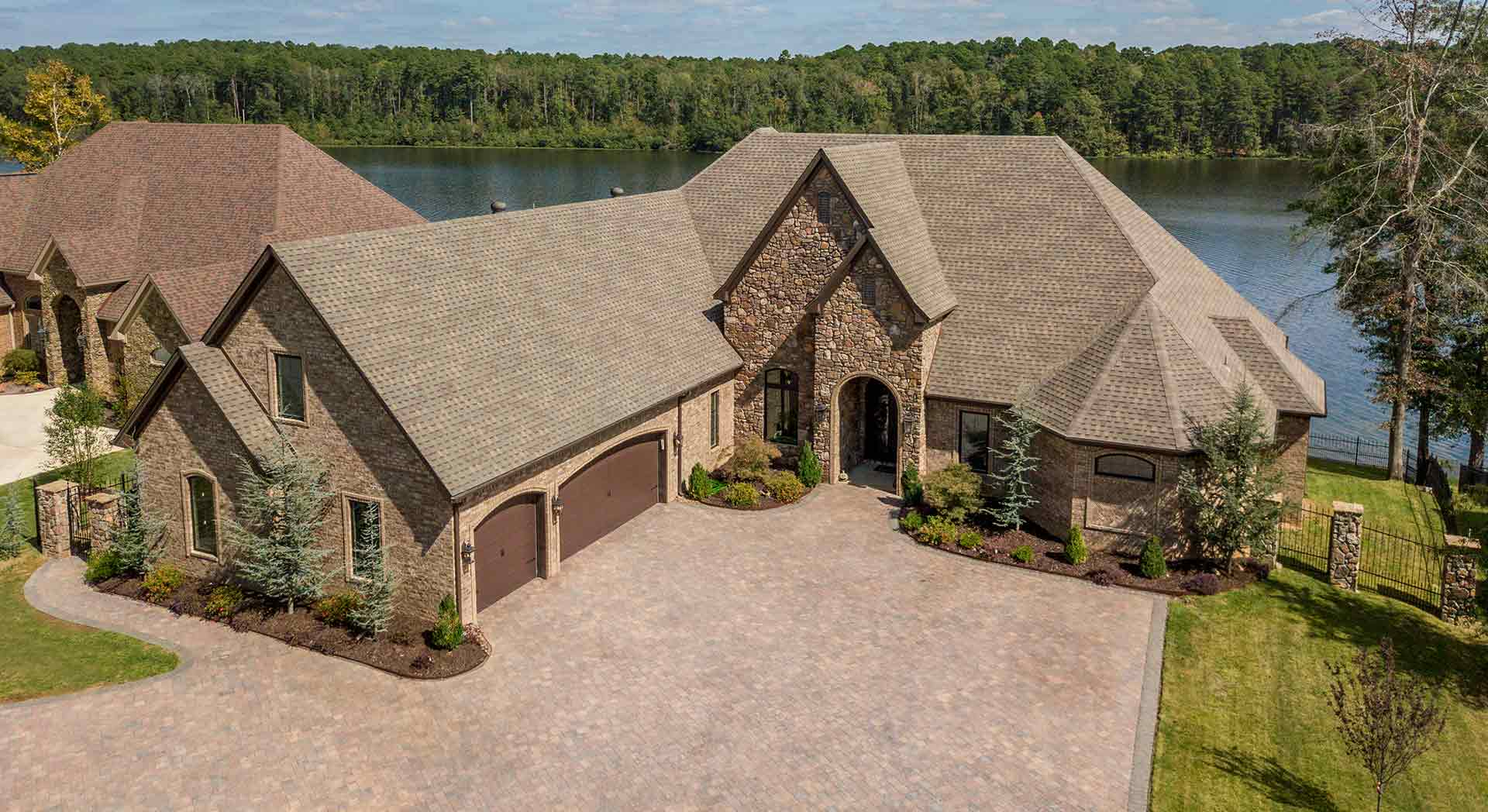 Luxury Lakefront Estates in Central Arkansas